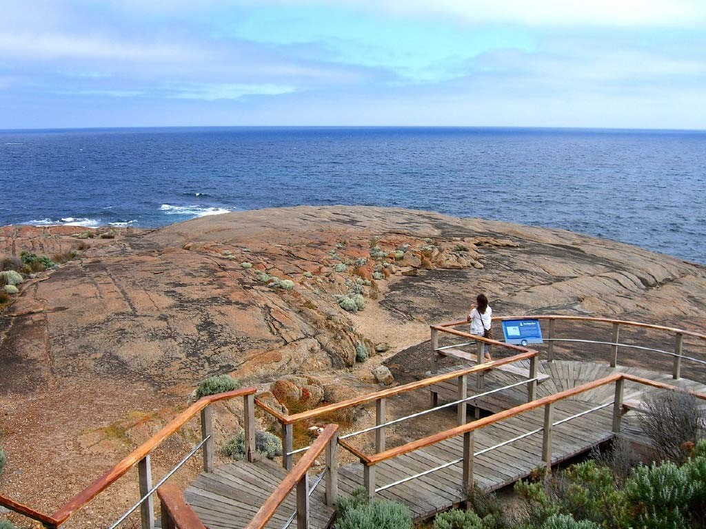 ocean-lookout-at-cape-leeuwin-lighthouse-1024x768